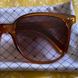 Free People Accessories - Brown sunglasses